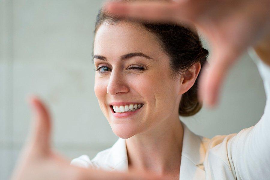 Tu sonrisa, reflejo de salud y bienestar dental