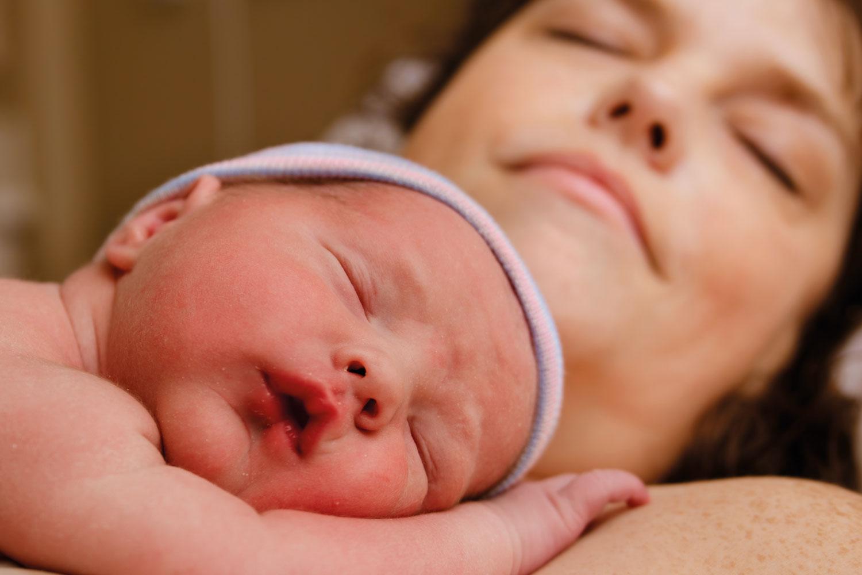 Atención humanizada del parto y nacimiento