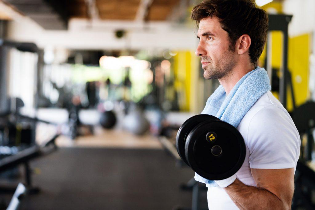 Alimentación adecuada en actividad física y deporte